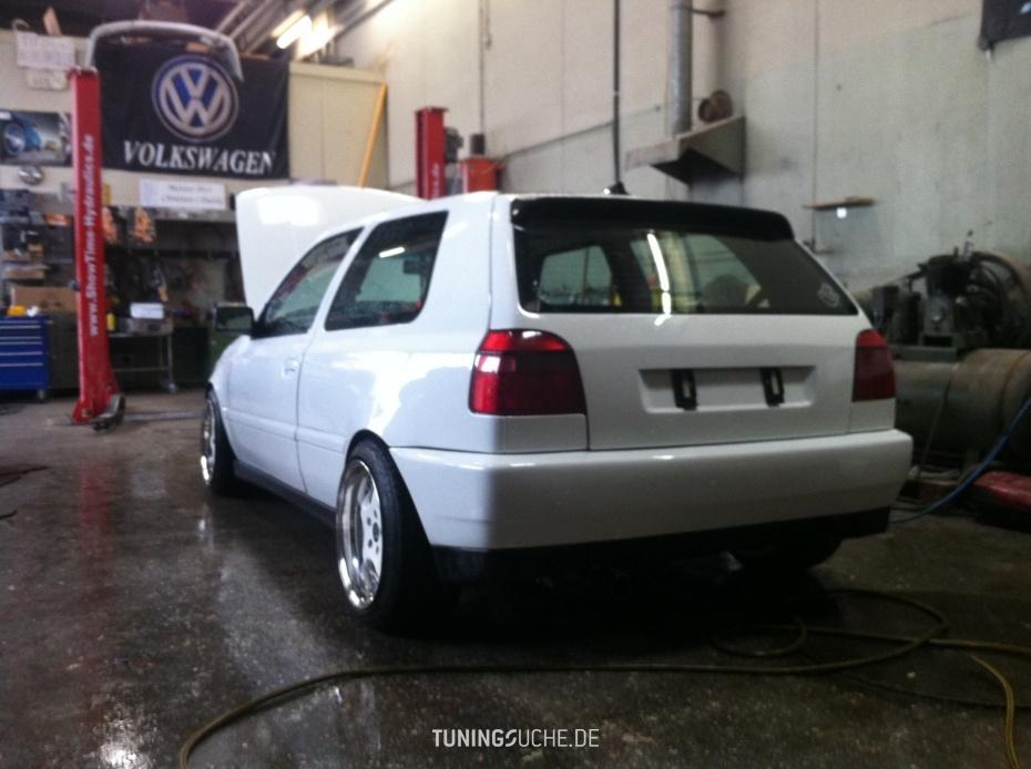 VW GOLF III (1H1) 2.8 VR6 GTI Edition Bild 736878
