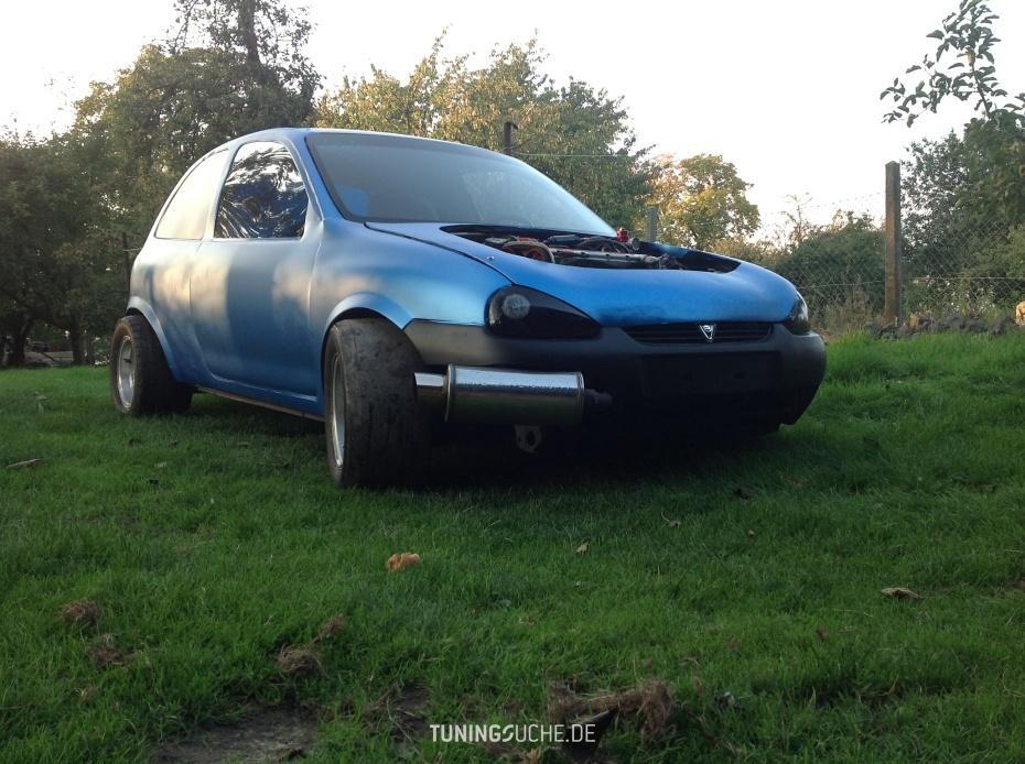 Opel CORSA B (73, 78, 79) C20XE  Bild 758496