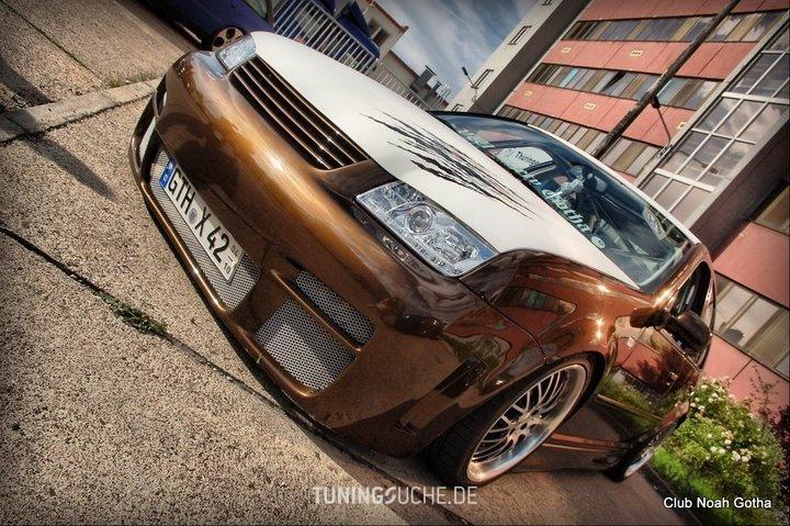 VW BORA (1J2) 2.3 V5  Bild 780206