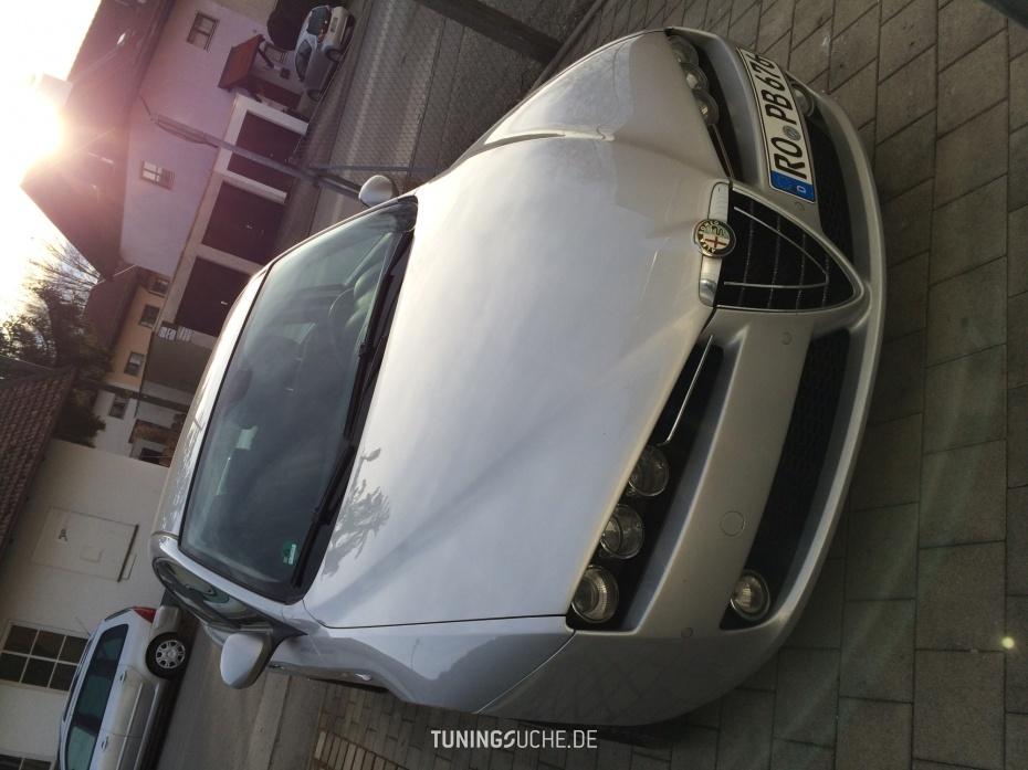 Alfa Romeo 159 1.9 JTDM 16V  Bild 763569