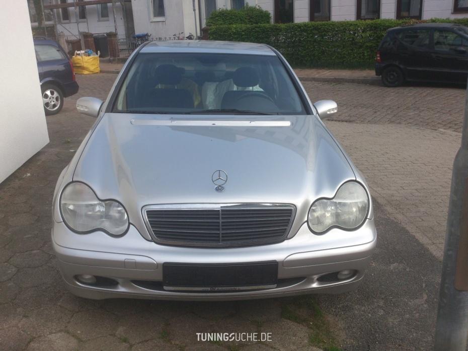 Mercedes Benz C-KLASSE (W203) C 180  Bild 777165