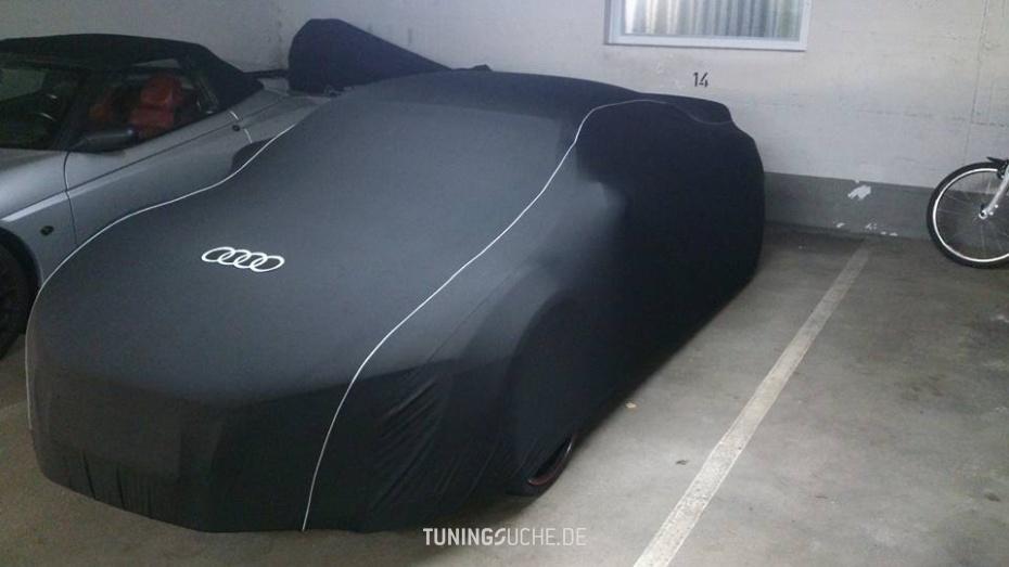 Audi R8 4.2 FSI quattro  Bild 797228