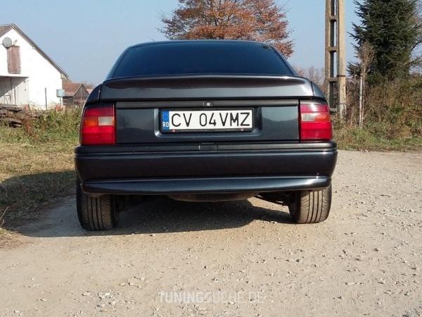 Opel VECTRA A CC (88, 89) 05-1994 von AtyVMZ - Bild 817336