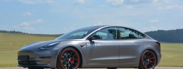 Tuning beim Tesla - Mit dem KW Variante 3 Gewindefahrwerk für das Tesla Model 3