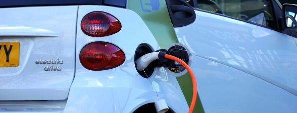 KFZ-Versicherung – was verpflichtend ist und welche Besonderheiten für Elektroautos gelten