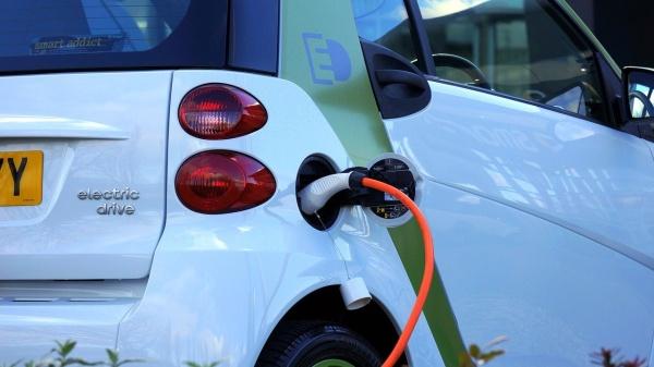 KFZ-Versicherung – was verpflichtend ist und welche Besonderheiten für Elektroautos gelten:  (Bild 1)