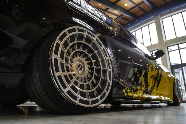 BMW E61 mit ULTRA-Turbofans von LowBro:  (Bild 5)