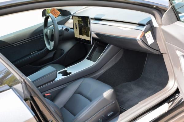 Tesla Model 3 Performance: So kombiniert man Tuning und Elektro:  (Bild 4)