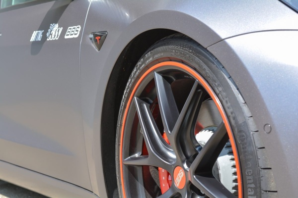 Tesla Model 3 Performance: So kombiniert man Tuning und Elektro:  (Bild 9)
