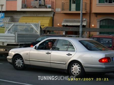 Mercedes Benz E-KLASSE (W210) E 230 W 210 Bild 65889