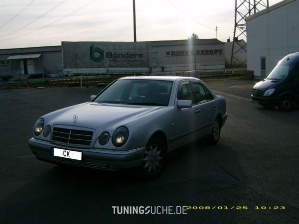 Mercedes Benz E-KLASSE (W210) 05-1996 von camay - Bild 65894
