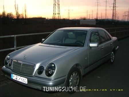 Mercedes Benz E-KLASSE (W210) 05-1996 von camay - Bild 65896