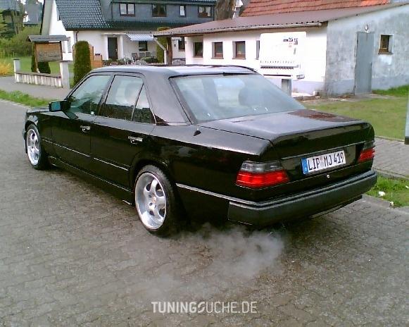 Mercedes Benz E-KLASSE (W124) 01-1992 von Buhare - Bild 72905