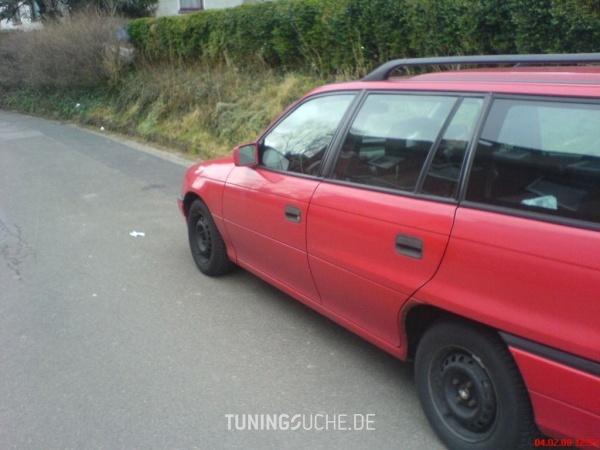 Opel ASTRA F Caravan (51, 52) 09-1993 von DerTod - Bild 75307