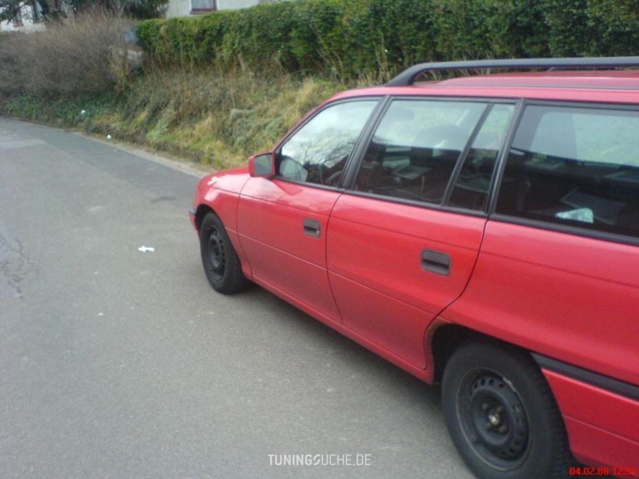 Opel ASTRA F Caravan (51, 52) 1.6 Si Caravan Bild 75307