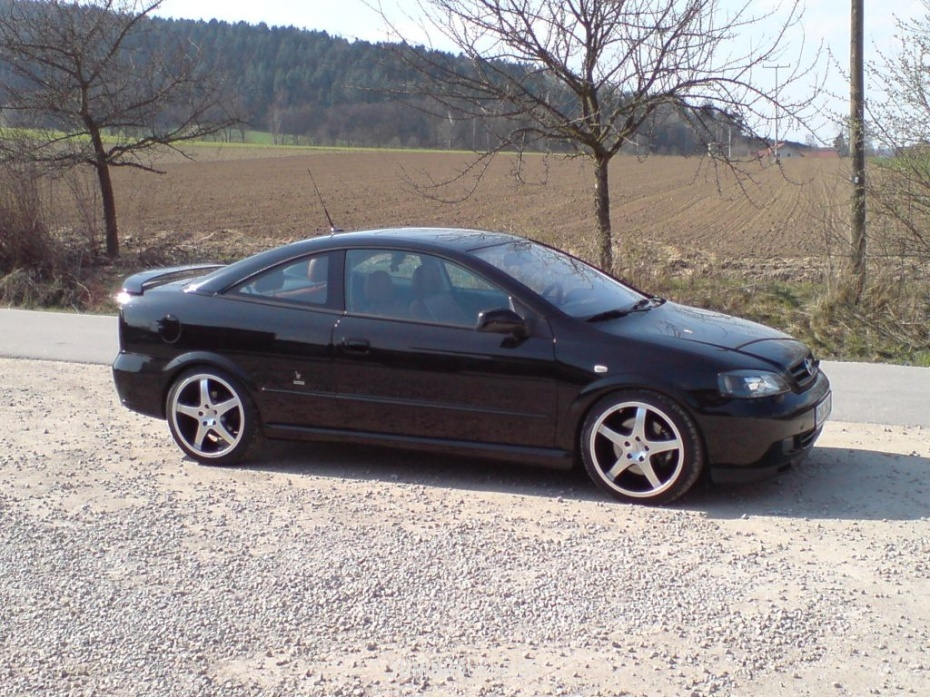 Opel ASTRA G Coupe (F07) 2.0 16V Turbo G Bild 79797
