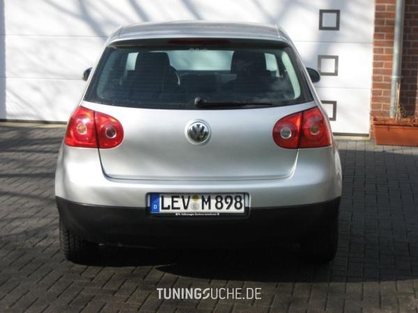 VW GOLF V (1K1) 01-2004 von Mojogrrr - Bild 81832