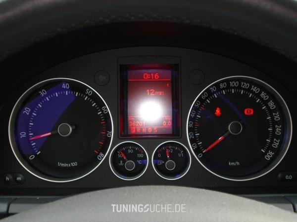 VW GOLF V (1K1) 08-2005 von And1 - Bild 83382