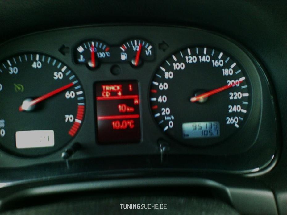 VW GOLF IV (1J1) 2.0  Bild 83781