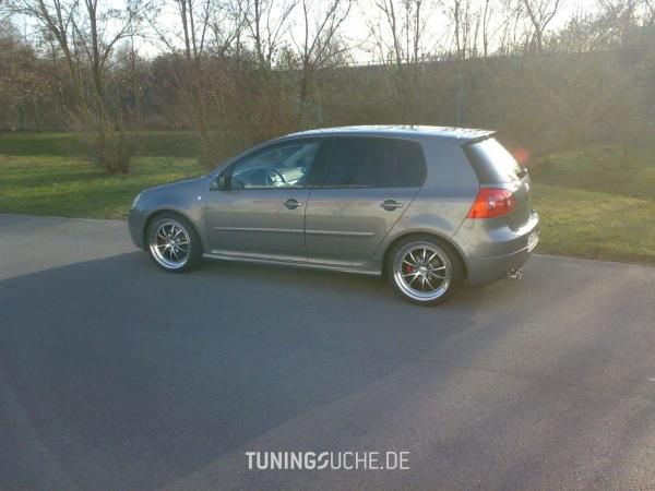 VW GOLF V (1K1) 02-2006 von finki-golfV - Bild 84463