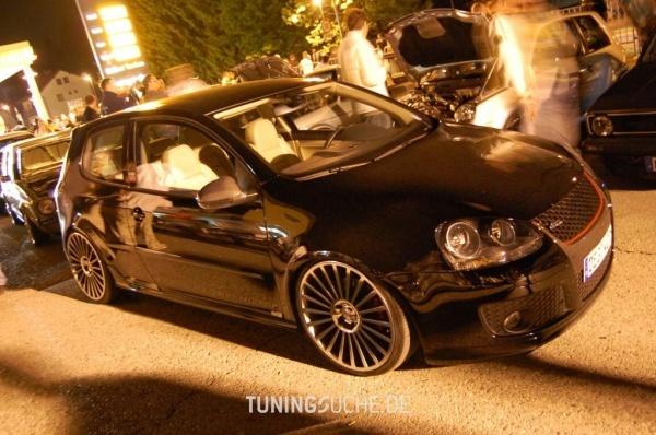 VW GOLF V (1K1) 12-2005 von dercultige - Bild 87308