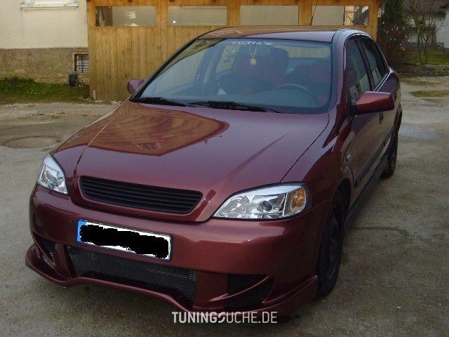 Opel ASTRA G Stufenheck (F69) 1.8 16V Elegance Bild 89274