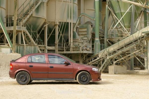 Opel ASTRA G Stufenheck (F69) 09-2001 von Digger - Bild 96650