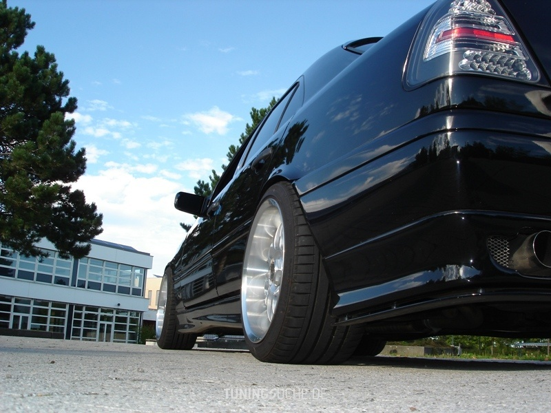Mercedes Benz C-KLASSE (W202) C 220  Bild 99306