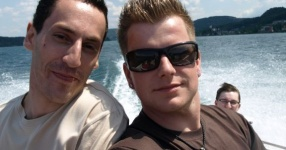 Wörtherseetour 2008 Bayernfraktion  Rund um den Wörthersee bwz auf der Fahrt von uns daheim an den See..  Rich Bitch, Seetour, Schocki, Vaater,l Wörthersee 2008  Bild 122432