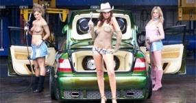Car-Girls hir und da Frauen, autos,   Bild 156980