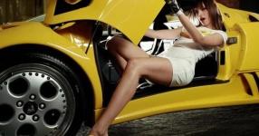 Car-Girls hir und da Frauen, autos,   Bild 156998