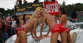 Car-Girls hir und da Frauen, autos,   Bild 157062
