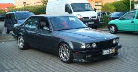 BMW E32 750i V12 5.0 320PS  BMW E32 750i V12 5000ccm 320 PS  Bild 162132