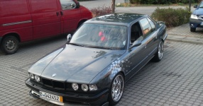 BMW E32 750i V12 5.0 320PS  BMW E32 750i V12 5000ccm 320 PS  Bild 162133