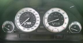 BMW E32 750i V12 5.0 320PS  BMW E32 750i V12 5000ccm 320 PS  Bild 190700