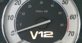 BMW E32 750i V12 5.0 320PS  BMW E32 750i V12 5000ccm 320 PS  Bild 190702