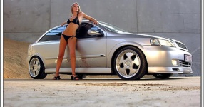 Sexy Tuning überall Sexy Tuning Frauen Autos  Bild 325528