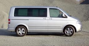 VW MULTIVAN T5 (7HM, 7HF) 10-2007 von Tikay  VW, MULTIVAN T5 (7HM, 7HF), Bus  Bild 576296