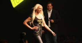 Miss Tuning 2011: Mandy ist die Gewinnerin!  Tuning World Bodensee, Friedrichshafen, Miss Tuning, 2011, Tuningworld  Bild 589381