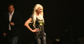 Miss Tuning 2011: Mandy ist die Gewinnerin!  Tuning World Bodensee, Friedrichshafen, Miss Tuning, 2011, Tuningworld  Bild 589383