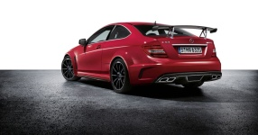 Das neue Mercedes C63 AMG Coupé als Black Series Edition  mercedes, daimler, amg, c63  Bild 654819