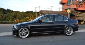 BMW 3 (E46) 04-2002 von Sabbi  BMW, 3 (E46), 4/5 Türer  Bild 662356