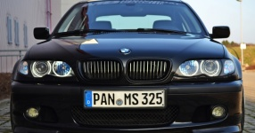 BMW 3 (E46) 04-2002 von Sabbi  BMW, 3 (E46), 4/5 Türer  Bild 662442