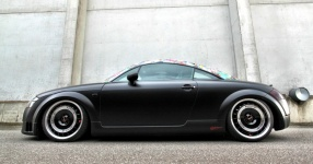 Retro-Audi TT: Mit mattem Schwarz zum See  Audi, TT, matt, schwarz  Bild 666143