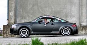 Retro-Audi TT: Mit mattem Schwarz zum See  Audi, TT, matt, schwarz  Bild 666147