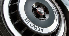 Retro-Audi TT: Mit mattem Schwarz zum See  Audi, TT, matt, schwarz  Bild 666157