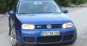 VW GOLF IV (1J1) 11-2003 von Frollo  VW, GOLF IV (1J1), 4/5 Türer  Bild 670061