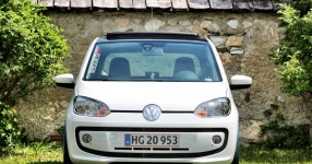 VW up! - It´s up to you!  Volkswagen, VW, up!, white up!  Bild 673453