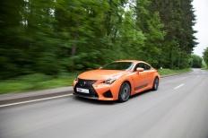 Markant(ig)es Blechkleid: Markenzeichen des schnittigen Lexus RC F