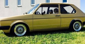VW GOLF I (17)